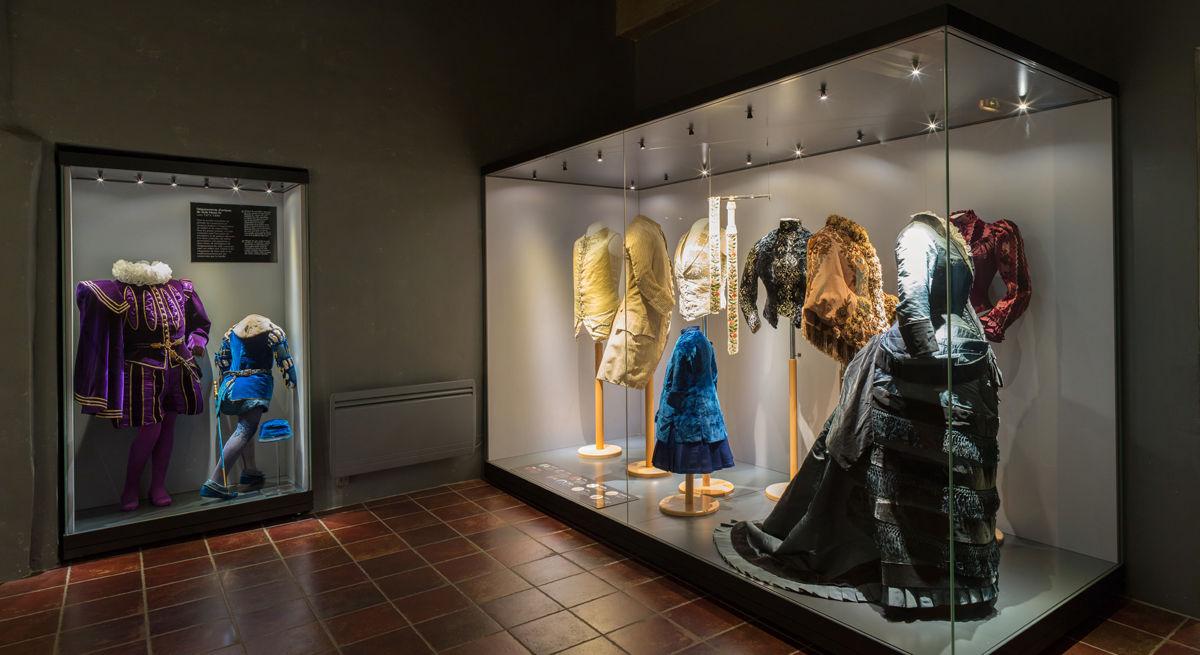 витрины для музеев картинки всей